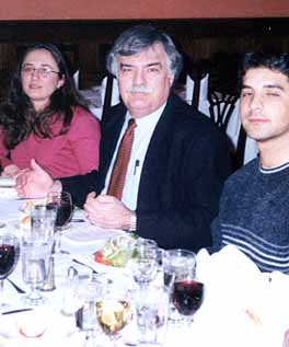 Justin McCarthy dines with Turkish-American students from the University of Pennsylvania